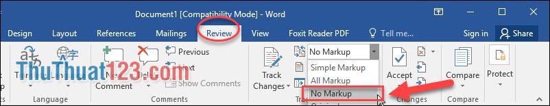 Vào menu Review - No Markup thì dòng Comment tự động mất đi