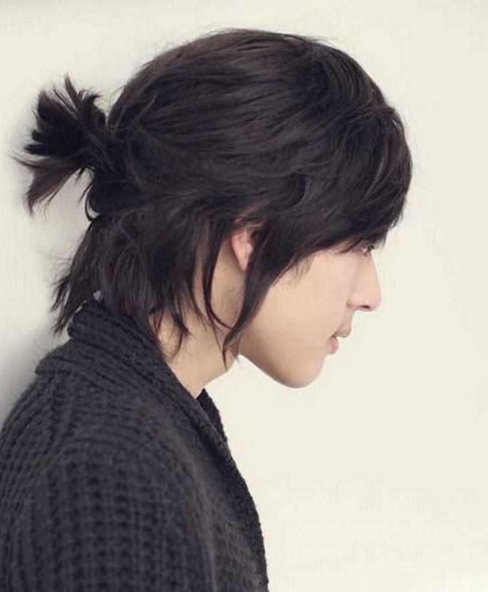 Nam để tóc dài kiểu thư sinh nghệ sĩ