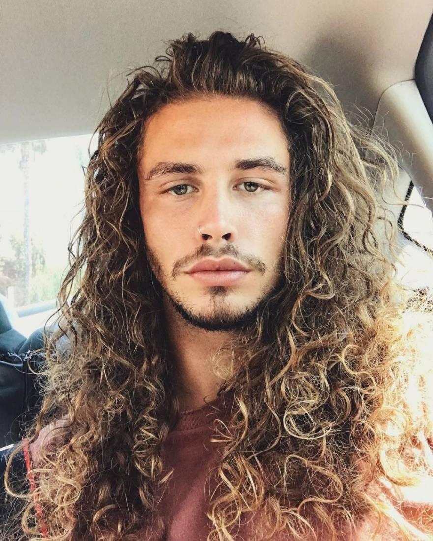 Tóc dài nam làm xoăn