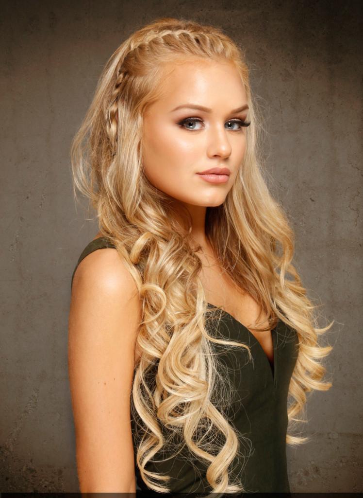 Tóc dài uốn xoăn bện kiểu rất đẹp cho nữ