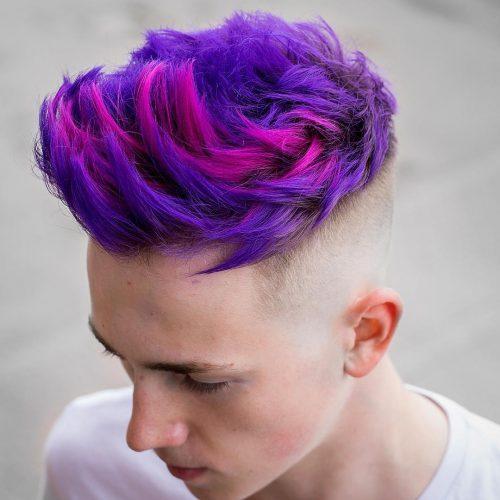 Mái tóc undercut kết hợp với hai màu sắc tím và hồng
