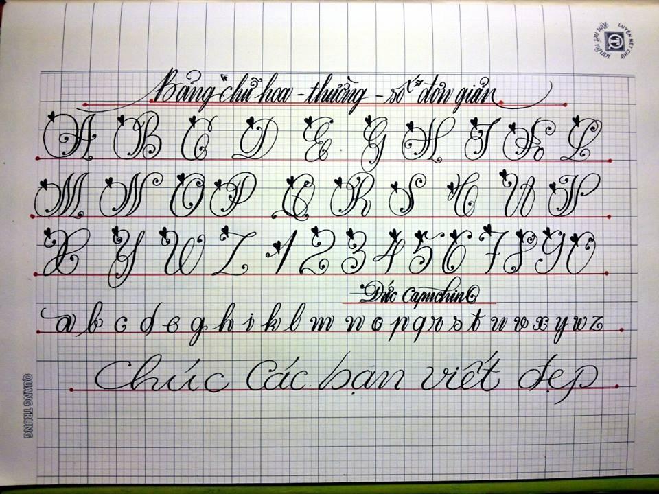 Viết chữ đẹp bằng bút máy