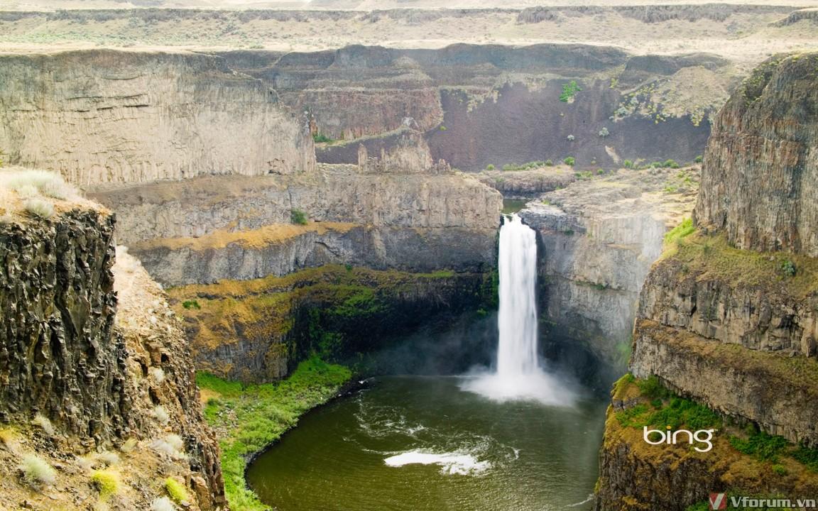 Cảnh đẹp thiên nhiên thác nước và thung lũng