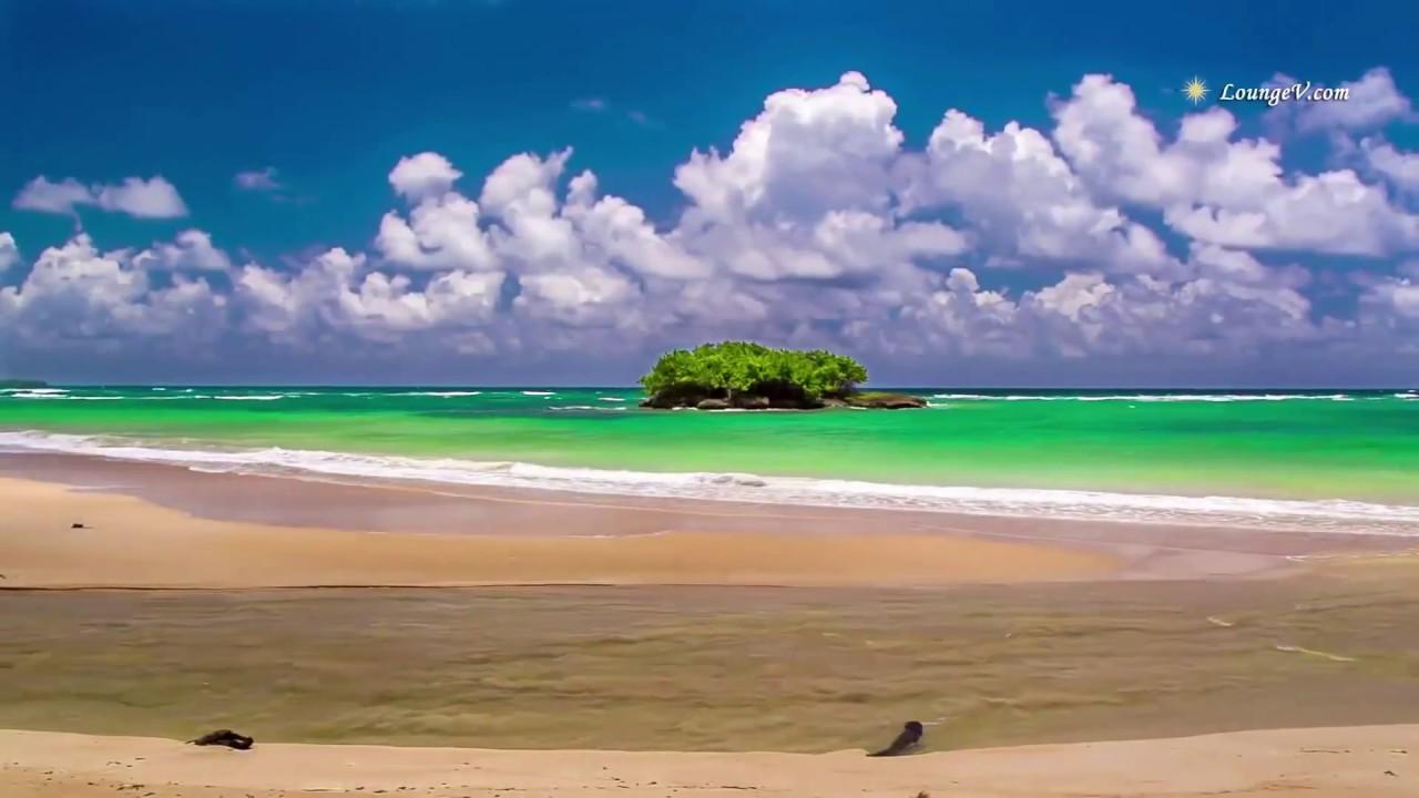 Cảnh thiên nhiên bờ biển xanh ngắt