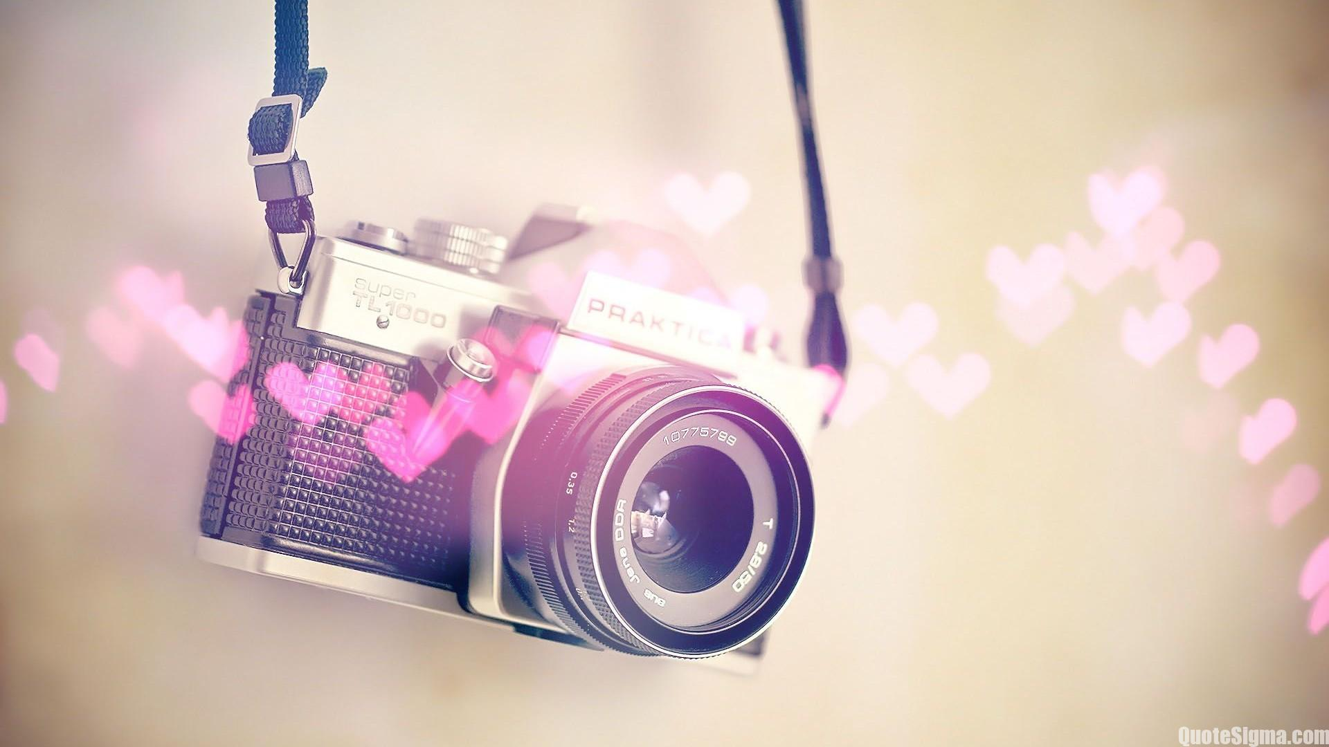 Hình nền HD máy tính chiếc máy ảnh với trái tim hồng