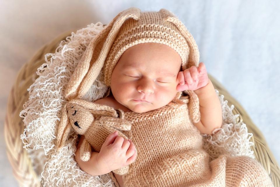 Hình ảnh đáng yêu của bé đang ngủ