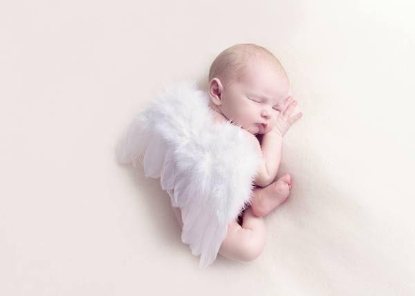 Hình ảnh em bé đẹp và cute