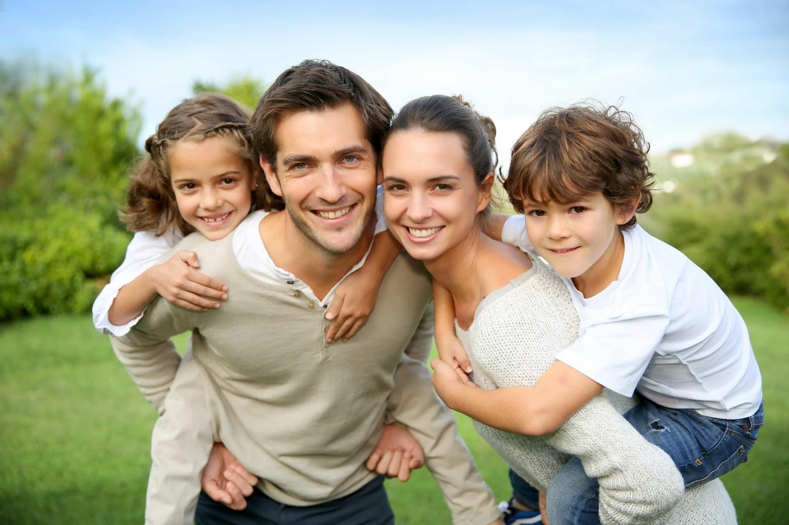 Bức ảnh gia đình hạnh phúc