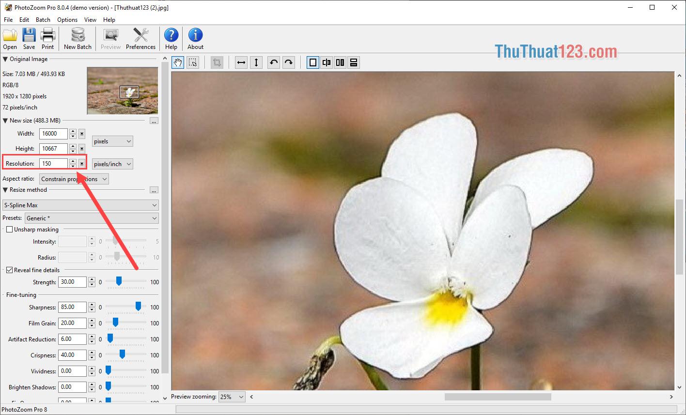 Điều chỉnh Resolution sao cho tỷ lệ thuận với kích thước hình ảnh nhân lên